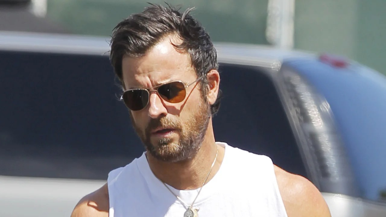 Justin Theroux Flaunts Seriously Epic Arms in a White Tank Top After Hitting the Gym in LA