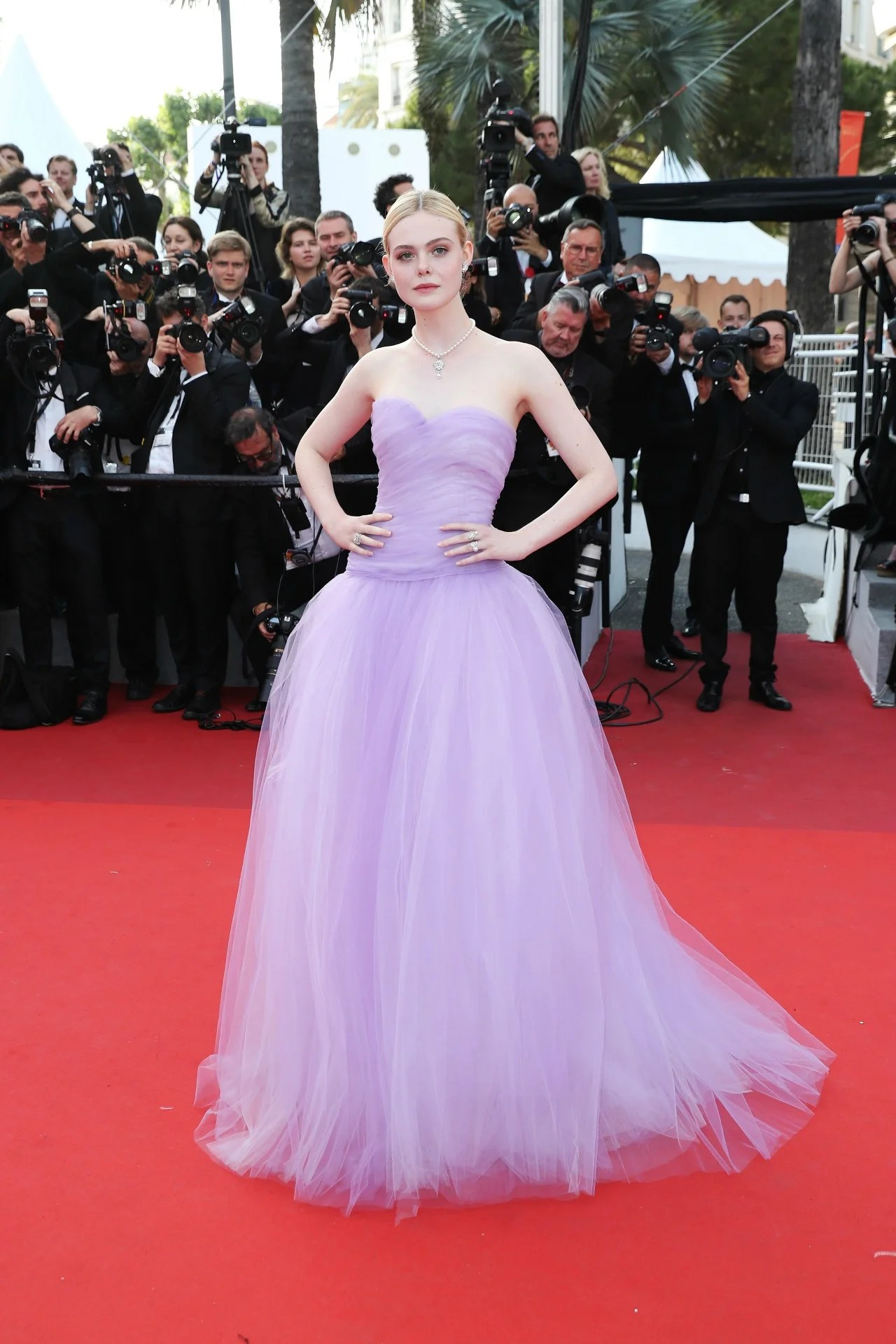 Nicole Kidman Elle Fanning  Kirsten Dunst Stun on The
