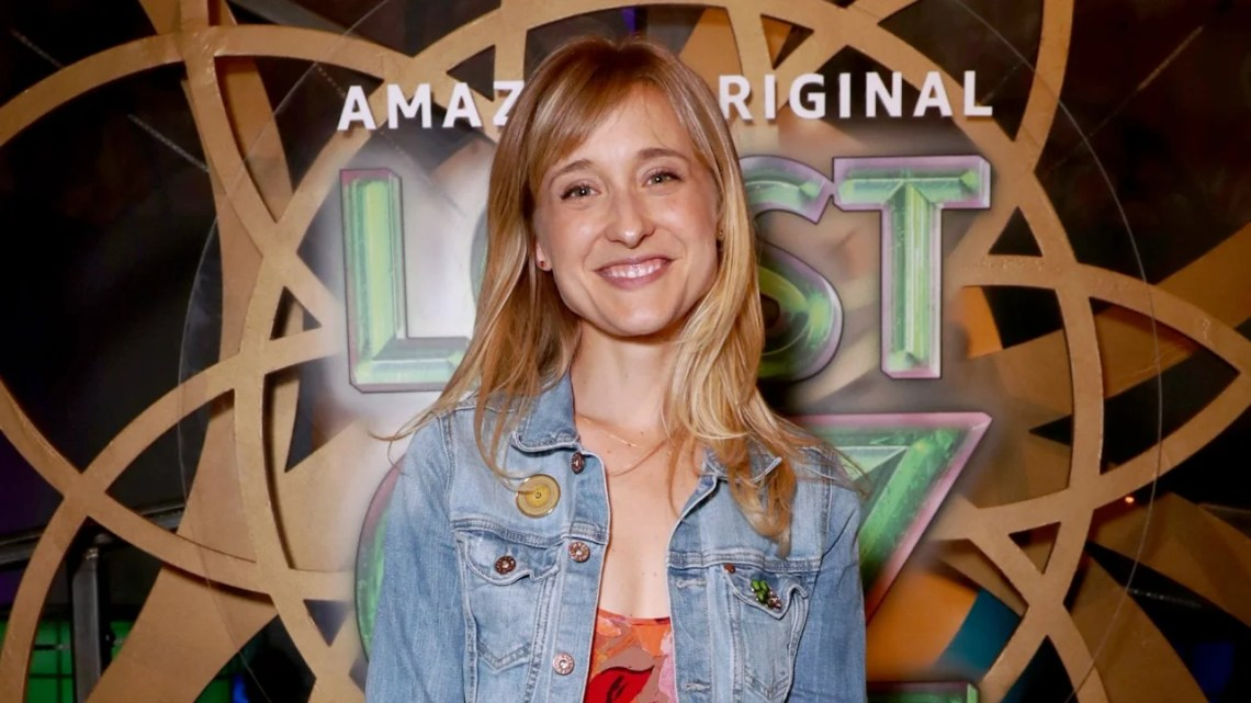 Exclusive Allison Mack On The Smallville Promise Thats Still Shaping Her Career Entertainment Tonight
