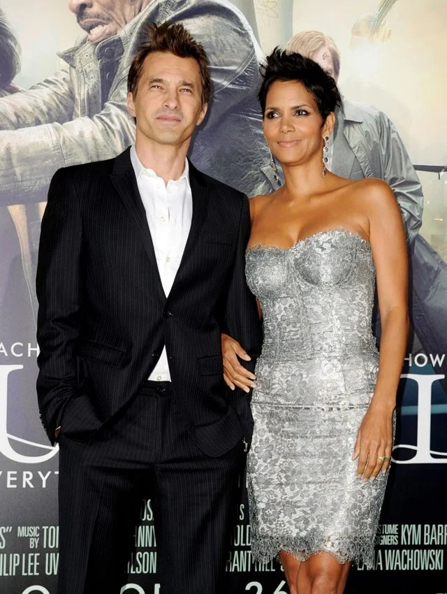 Halle Berry & Olivier Martinez Divorce: A Timeline of Their 2-Year Marriage   Entertainment Tonight