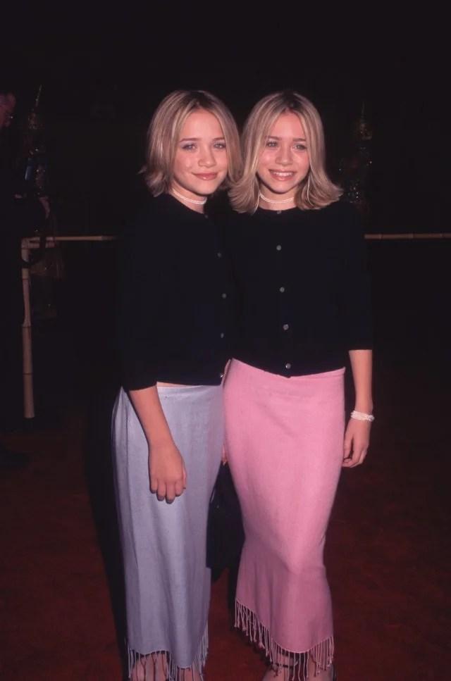 Mary-Kate and Ashley Olsen matching cardigans