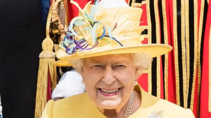 Queen Elizabeth Reunites With Woman She Met 70 Years Ago