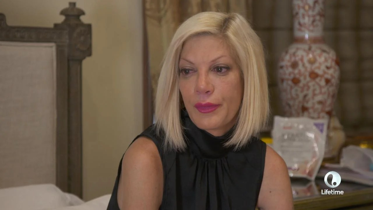 Tori Spelling Breaks Down After Seeing Her ExHusband  Entertainment Tonight
