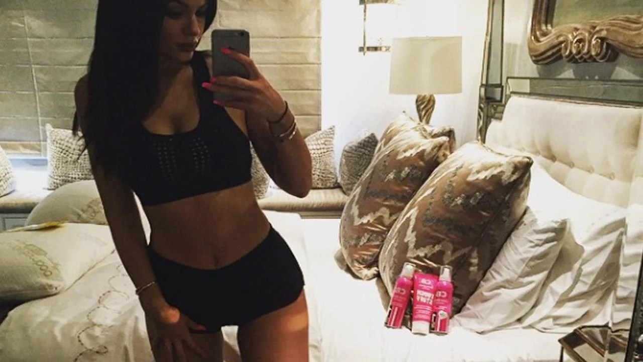 Oops Kylie Jenners Spray Tan Mishap Entertainment Tonight