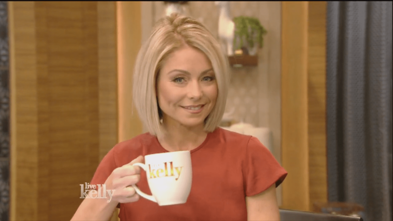 Kelly Ripa Says She Got Depressed After Seeing Old Photos