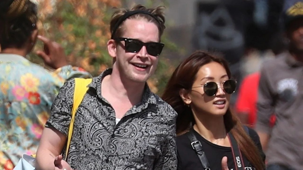 Macaulay Culkin and Brenda Song Hold Hands in Paris After
