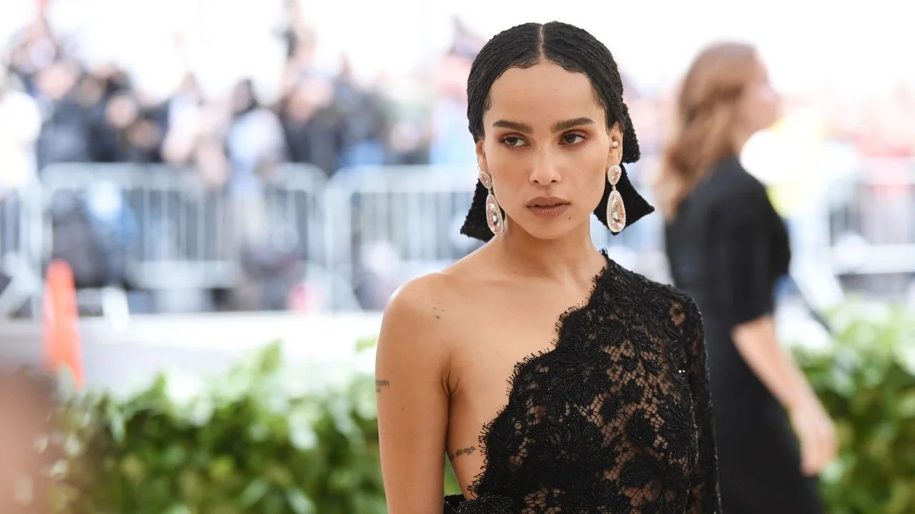 Zoë Kravitz Goes Completely Unretouched In New Cover Shoot