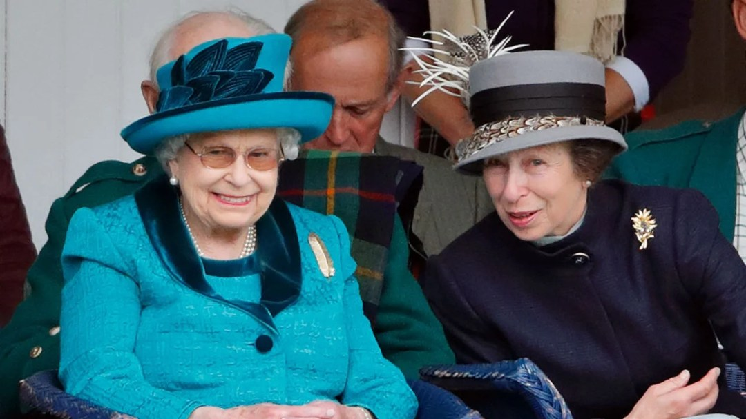 Princess Anne, 69, Tries to Teach Mom Queen Elizabeth, 94, How to Video Chat and It's Very Relatable: Watch! | Entertainment Tonight