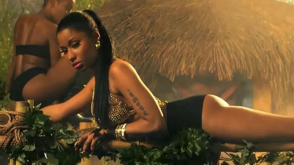 EXCLUSIVE: Nicki Minaj's Stylists Talk 'Anaconda': Pink G ...