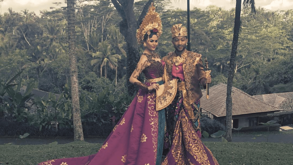 Chrissy Teigen Stuns in Traditional Bali Clothing in ...