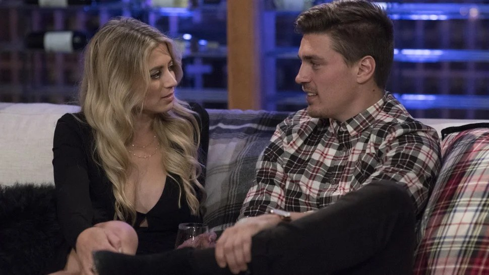 Bachelor Winter Games Stars Dean Unglert And Lesley