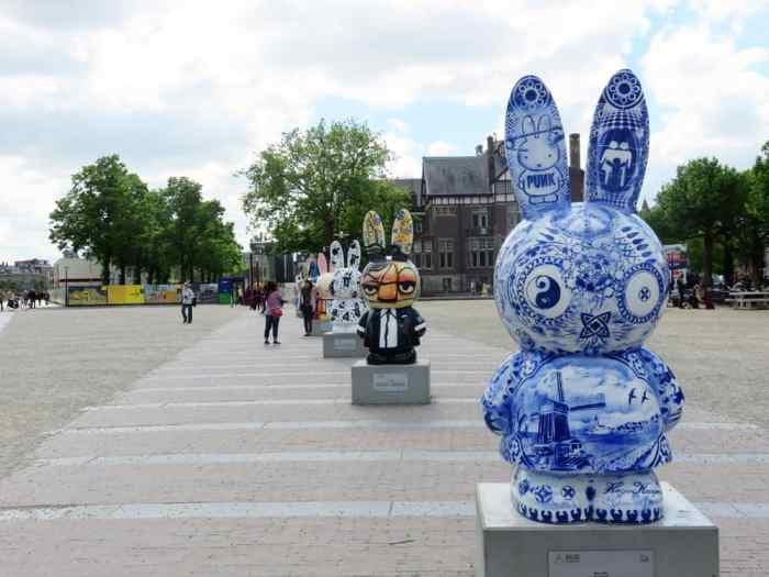 Amsterdam, Museumplein ©Etpourtantelletourne.fr