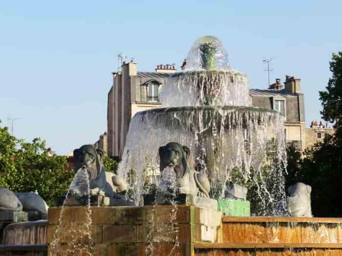 Parc de la Villette, la fontaine aux lions, Paris 2015 ©Etpourtantelletourne.fr