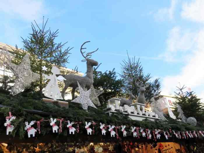 Marché de Noël 2015 à Stuttgart  ©Etpourtantelletourne.fr
