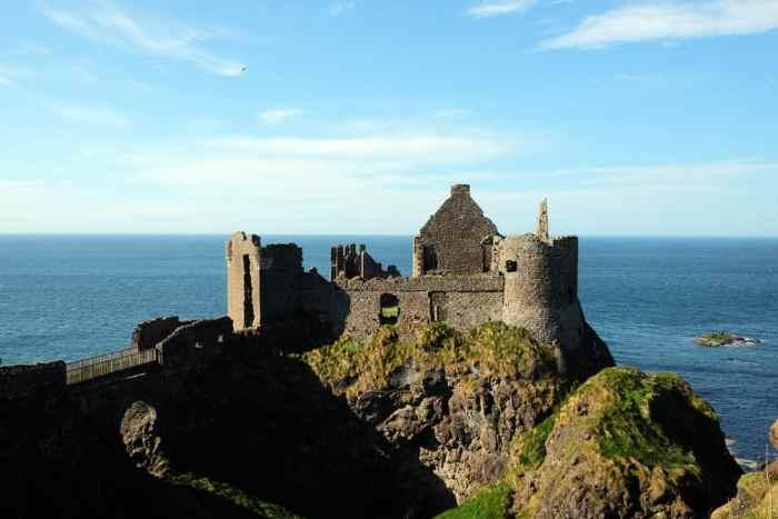 Itinéraire sur les lieux de tournage de Game of Thrones en Irlande du Nord - Dunluce Castle ©Etpourtantelletourne.fr