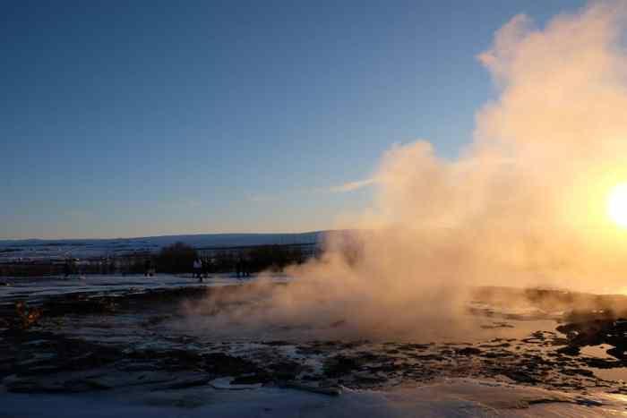Islande en hiver Geyser ©Etpourtantelletourne.fr