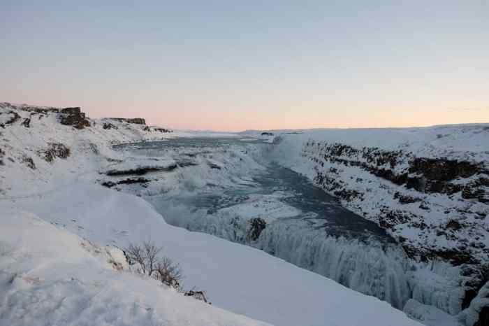 Islande en hiver la cascade de Gullfoss dans le Cercle d'or ©Etpourtantelletourne.fr