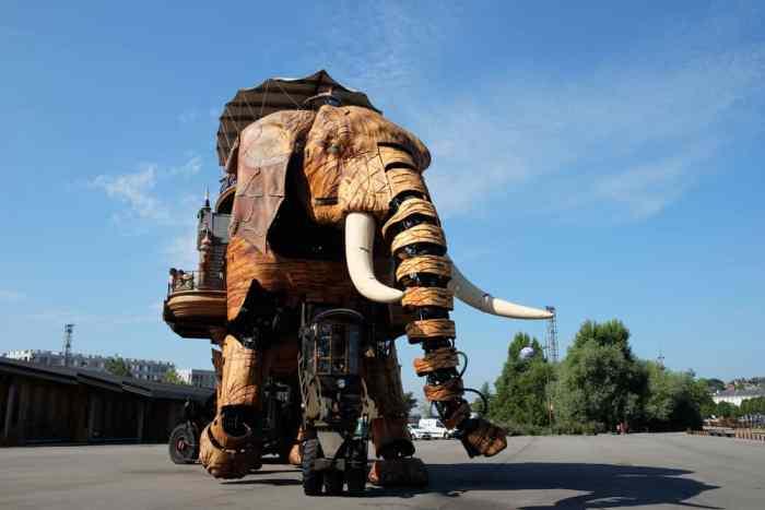 L'éléphant de l'île de Nantes ©Etpourtantelletourne.fr