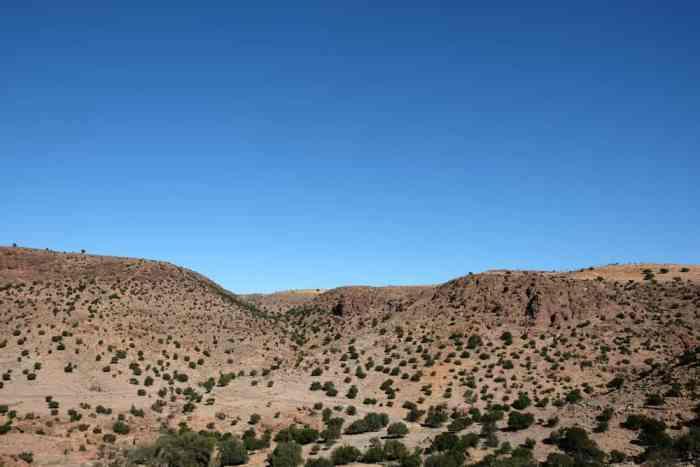 Paysage montagnes Anti-Atlas Maroc ©Etpourtantelletourne.fr