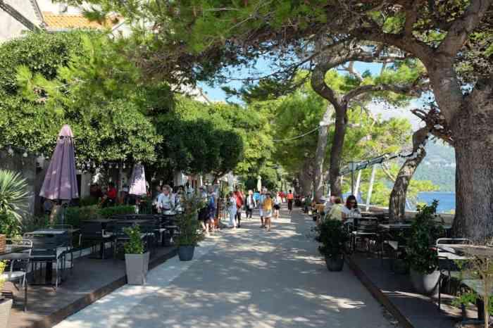 Visite de la vieille ville de Korcula en famille : le long des remparts ©Etpourtantelletourne.fr
