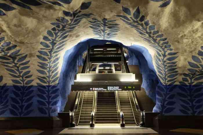 Les jolies stations de métros de Stockholm : T-Centralen, sur la ligne bleue // ©etpourtantelletourne.fr