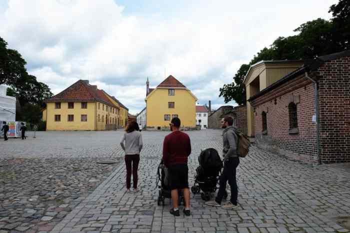 Visite de la citadelle d'Akershus  à Oslo ©Etpourtantelletourne.fr