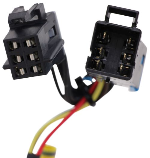 small resolution of hopkins plug in simple vehicle wiring harness with 4 pole flat trailer connector hopkins custom fit vehicle wiring 31345