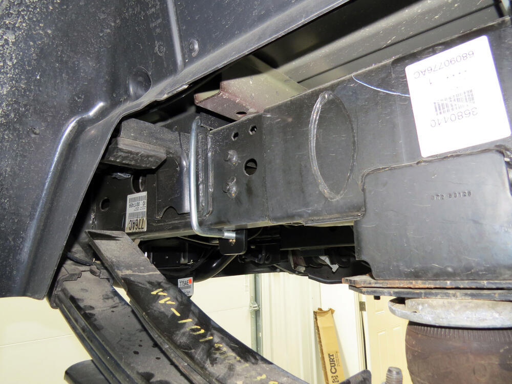 Installation Of A Fifth Wheel And Gooseneck Wiring Harness On A 2013