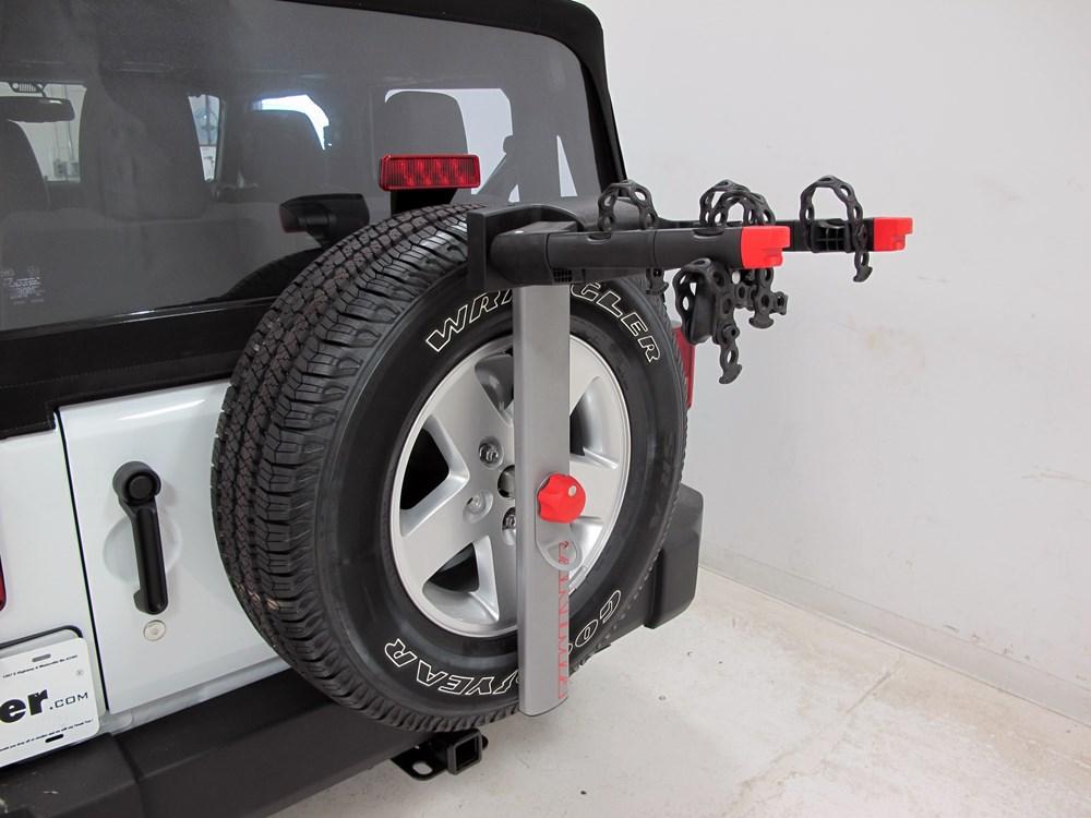 2016 Jeep Wrangler Yakima SpareTime 2 Bike Carrier