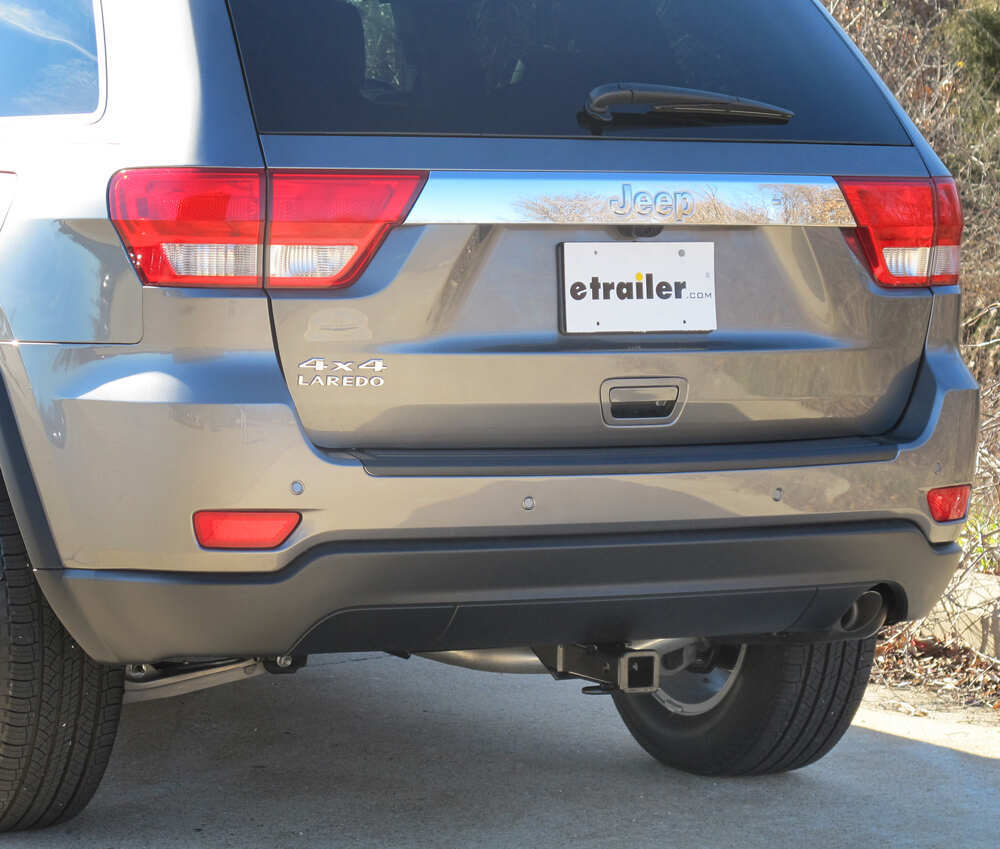 hight resolution of curt custom fit hitch c13065 on 2012 jeep grand cherokee