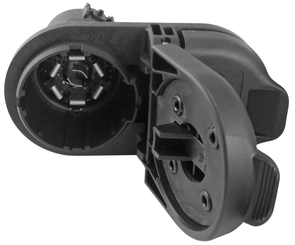 hight resolution of 7 and 4 pole trailer connector socket w mounting bracket vehicle end hopkins custom fit vehicle wiring hm40975