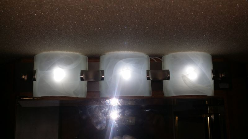 Led Bulbs Bathroom Vanity