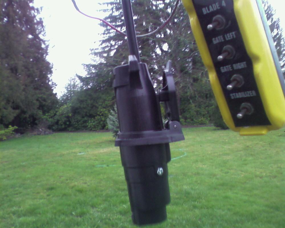 medium resolution of pollak 9 pole round pin trailer socket vehicle end pollak wiring pk12907