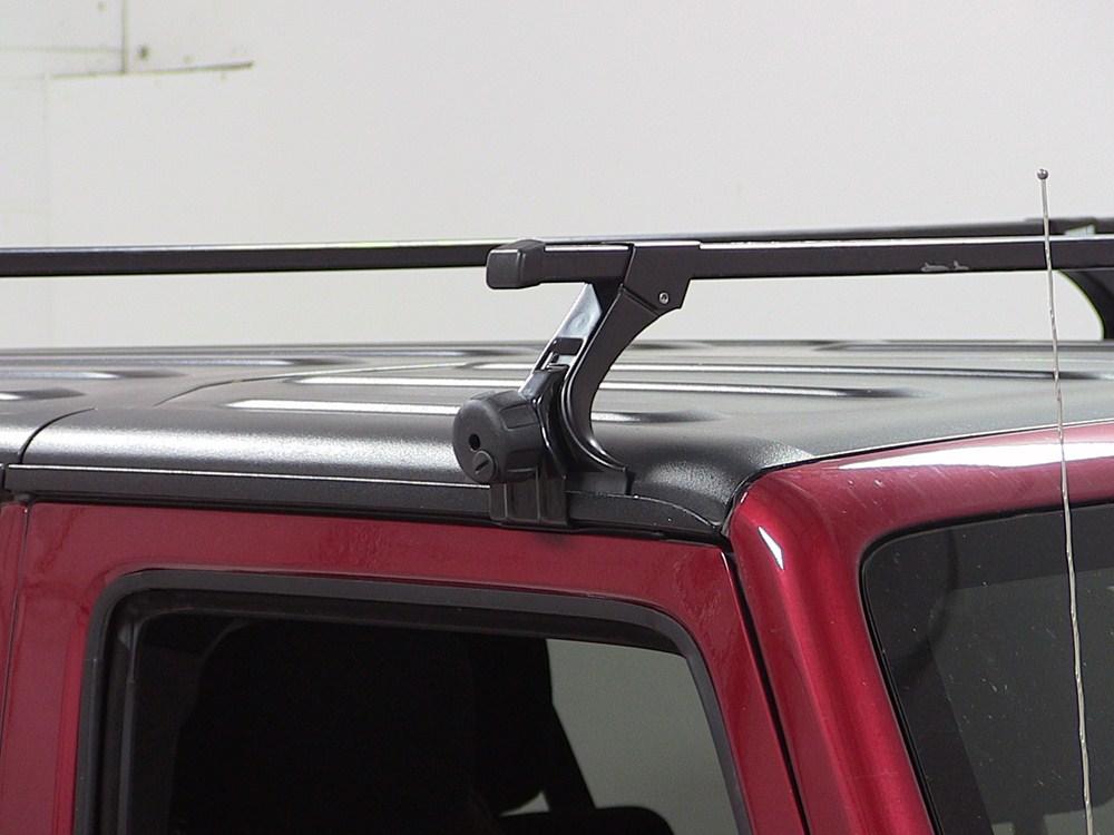 Thule Roof Rack for Jeep Wrangler, 2004