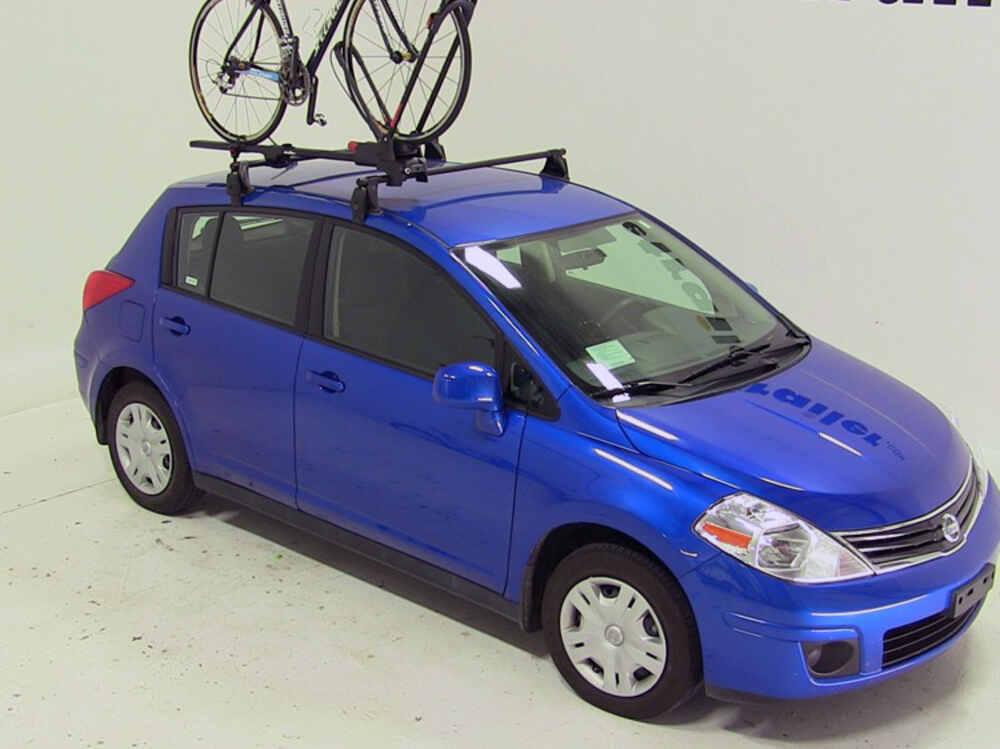 2014 Nissan Versa Yakima FrontLoader Wheel Mount Bike