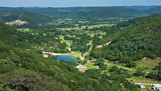 Beautiful Texas Hill Country  EtravelTripscom