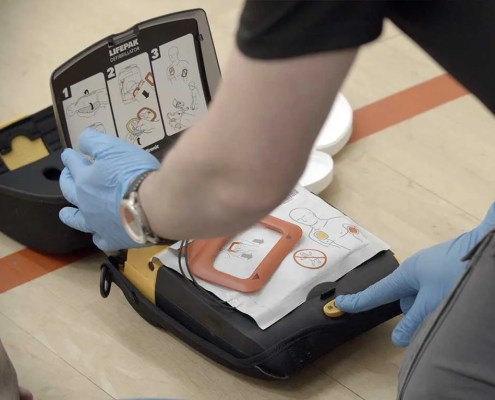 cpr and aed resuscitation training course