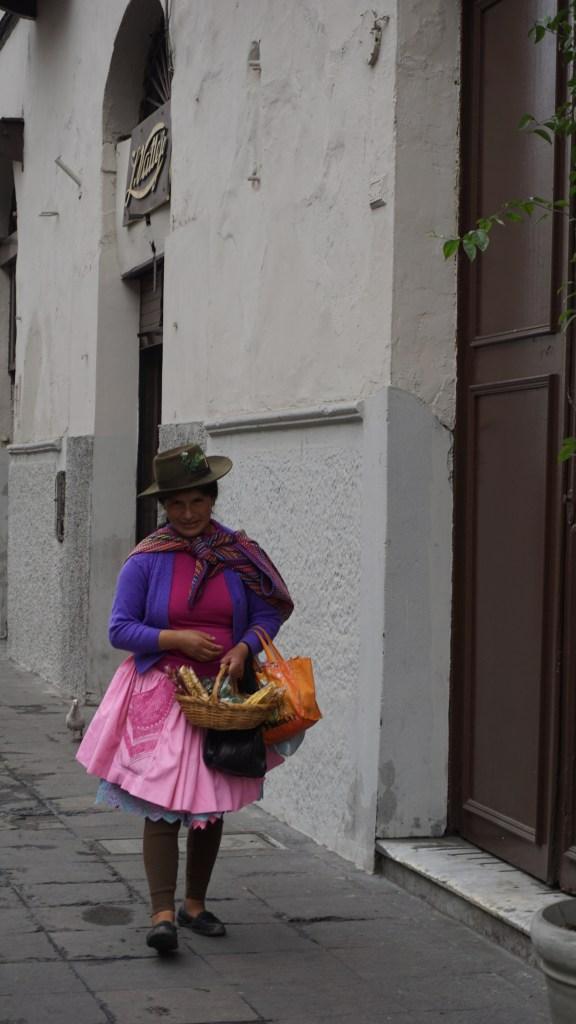 Lima - Habit typique du Pérou
