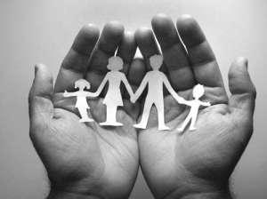 Regroupement familial : la Cour de justice examine les conditions financières pour exercer son droit au regroupement familial.
