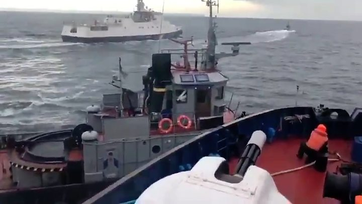 #FactOfTheDay 27/11/2018 – Ukraine imposes martial law after Russia seizes ships near Crimea