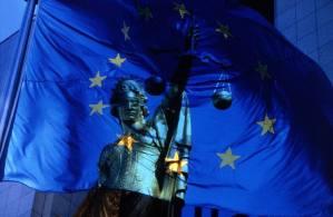 Le mandat d'arrêt européen : une révolution dans la création d'un véritable espace pénal européen