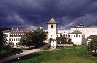 manastirea-horezu-hurezi-3