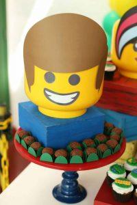 Emmet lego party