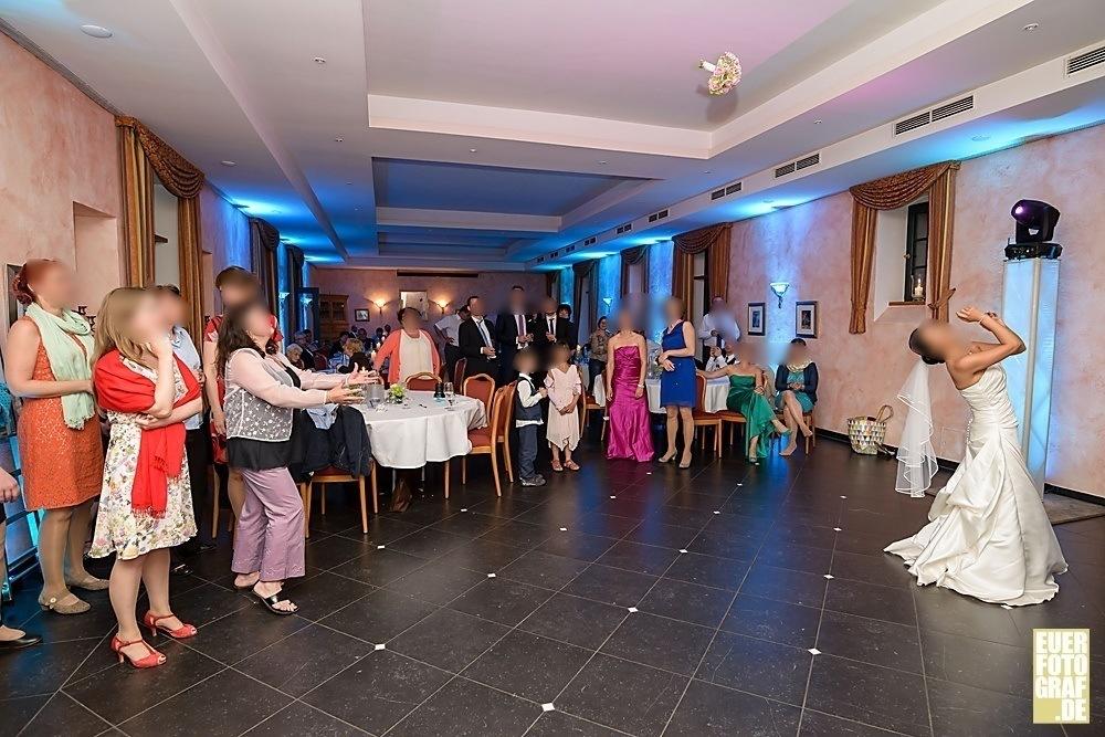 Feiern in Burg Obbendorf in Niederzier Hochzeitsfotos von