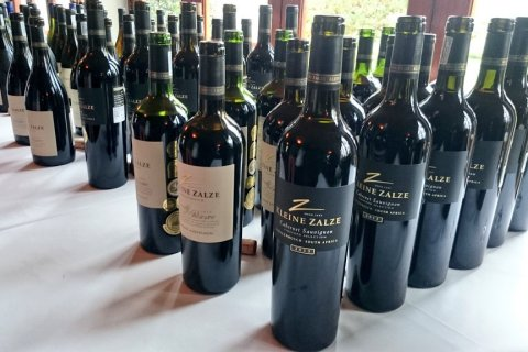Kleine Zalze wine (Copyright: Eugene Yiga)