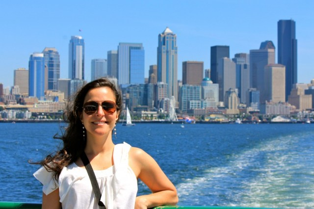 Na ferry com Seattle ao fundo