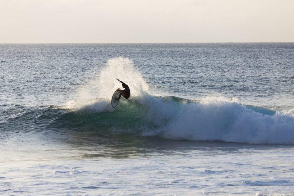 Surfe em Pipeline - Oahu