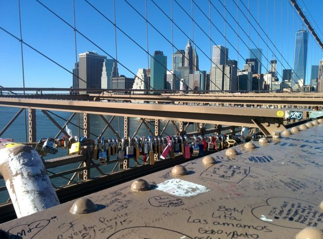 Cadeados do Amor na Brooklyn Bridge