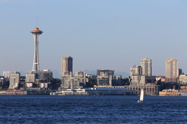 Space Needle e skyline de Seattle