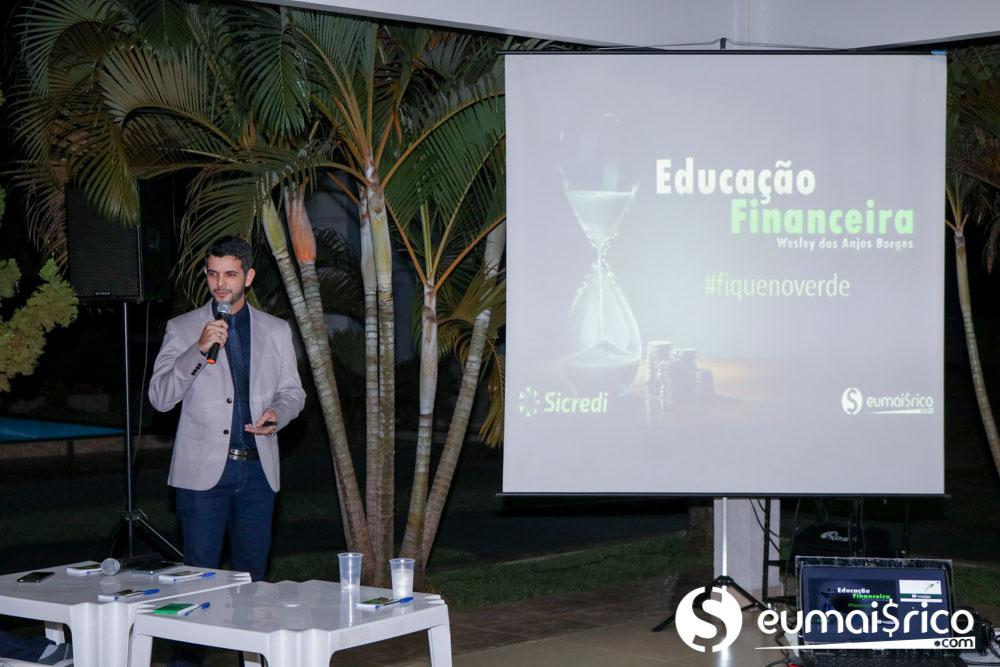 """Palestra """"Educação Financeira"""" Semana ENEF Sicredi #fiquenoverde"""